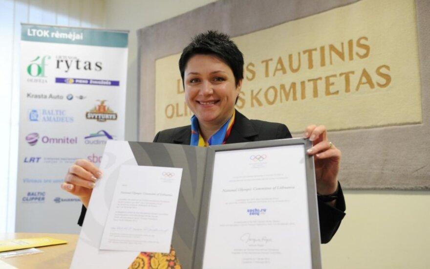 LTOK prezidentė Daina Gudzinevičiūtė pasirašė kvietimą į Sočio olimpiadą