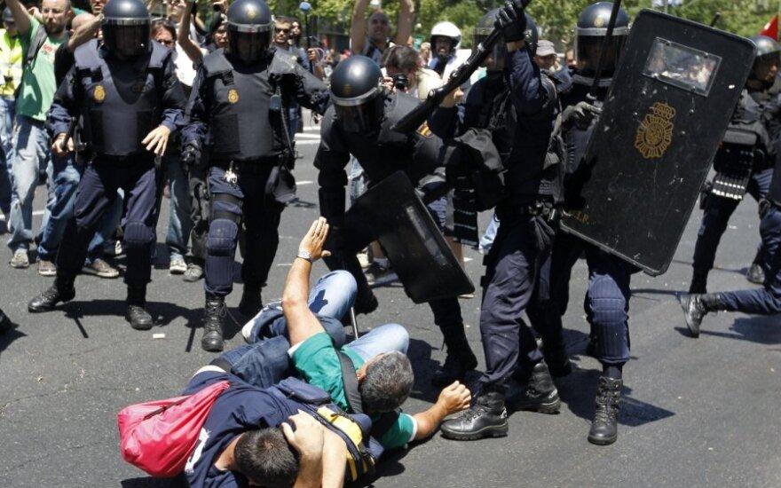Hiszpania: W Madrycie 76 osób zostało rannych w starciach policją