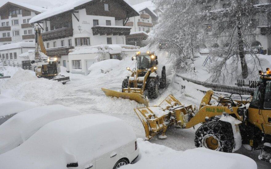 Austrijos vakarinėje dalyje iškrito daugybė sniego