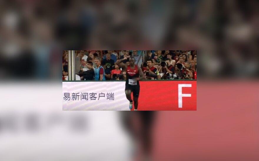 Кенийский чемпион учился метать по роликам на YouTube