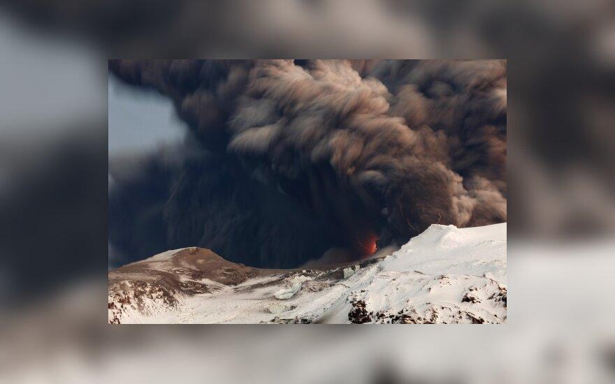 Пассажиры – в тисках вулканического облака до четверга