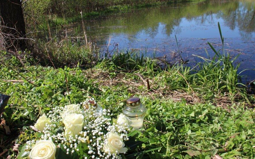 Трагедия в Клайпедском районе: в пруду спасатели нашли тело пропавшего полицейского