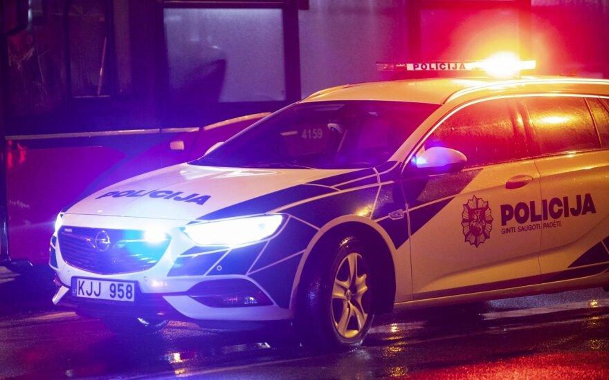 В Вильнюсе угнали два автомобиля, один из них нашли в Тракайском районе