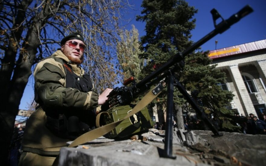 СНБО: РФ продолжает стягивать на Донбасс войска и технику