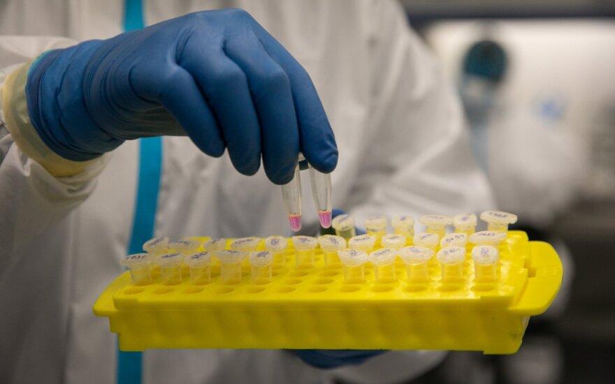 Молодая семья заразилась коронавирусом в городе и почти месяц не могла провериться