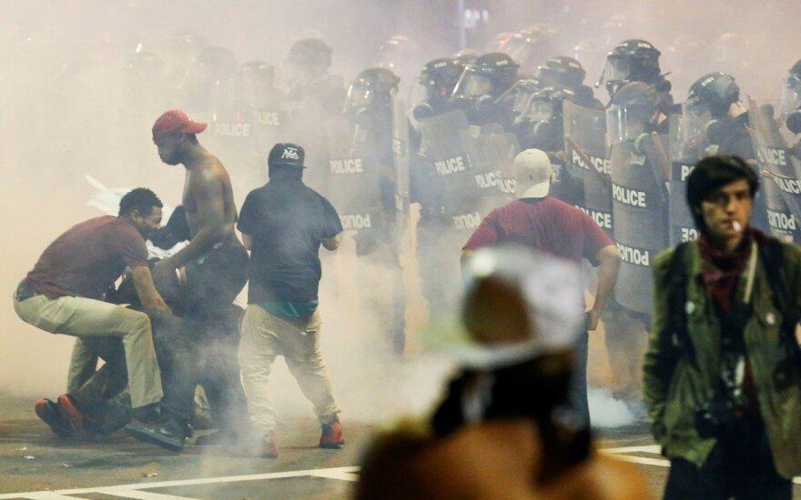 Беспорядки в Северной Каролине: один протестующий погиб
