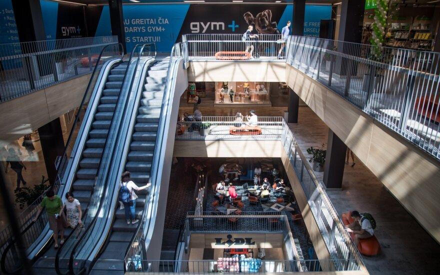 Депутат предлагает обязать крупные торговые центры в Литве не работать 16 февраля