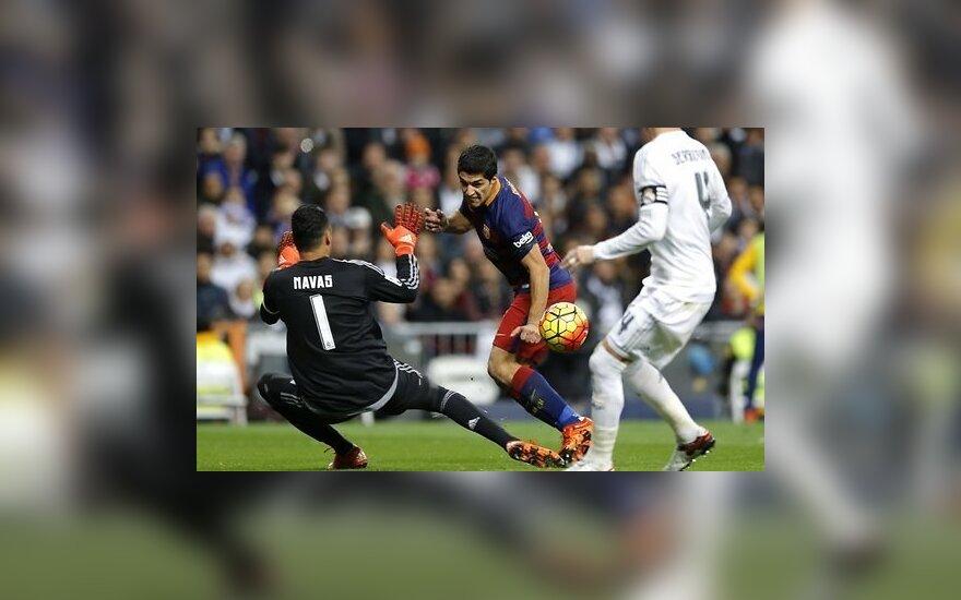 """Реал"" и ""Барселона"" громят соперников с общим счетом 11:1, у Суареса — хет-трик"