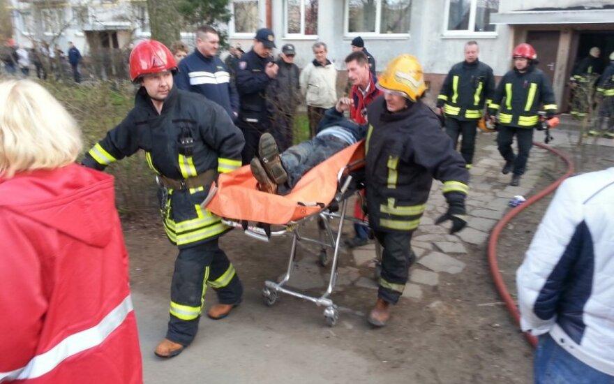 Крупный пожар в Каунасе, серьезно пострадали 3 человека