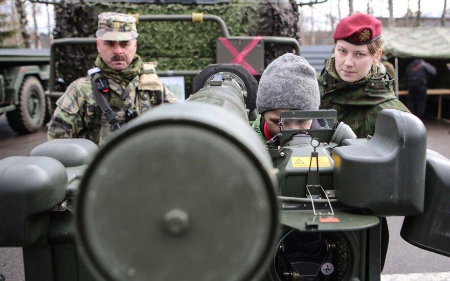 Times: Польша поддержит ограничения пособий в ЕС, если получит базу НАТО