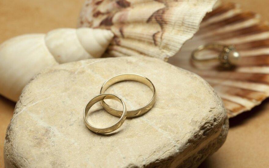 В магический день регистрируется больше браков