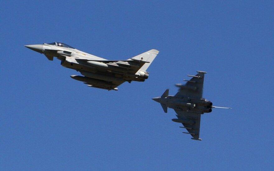 Британские истребители поднялись на перехват российских самолетов