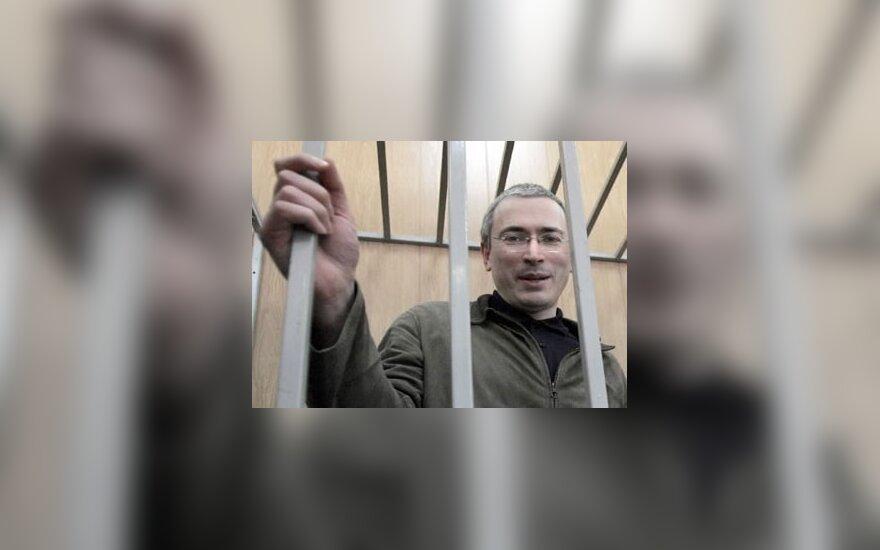 Ходорковский рассказал о личной свободе и будущем Медведева и Путина