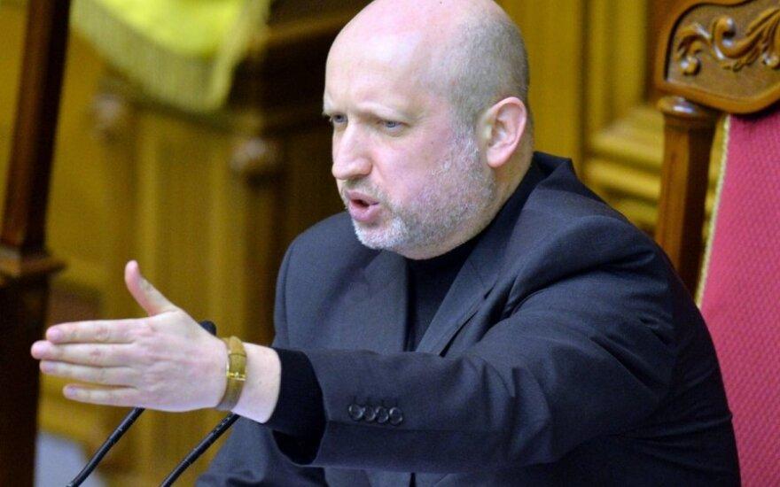 В связи с событиями на Украине отменен визит Турчинова в Литву