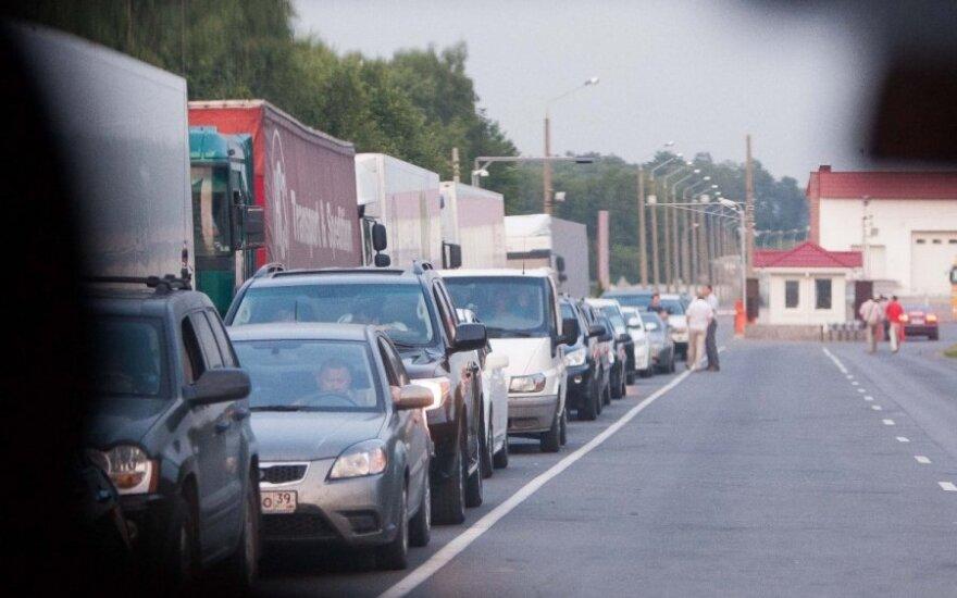 На границе Литвы с Россией и Беларусью сохраняются очереди