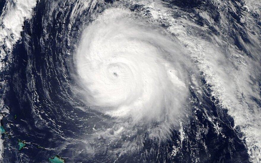 Число жертв урагана на Фиджи выросло до 29