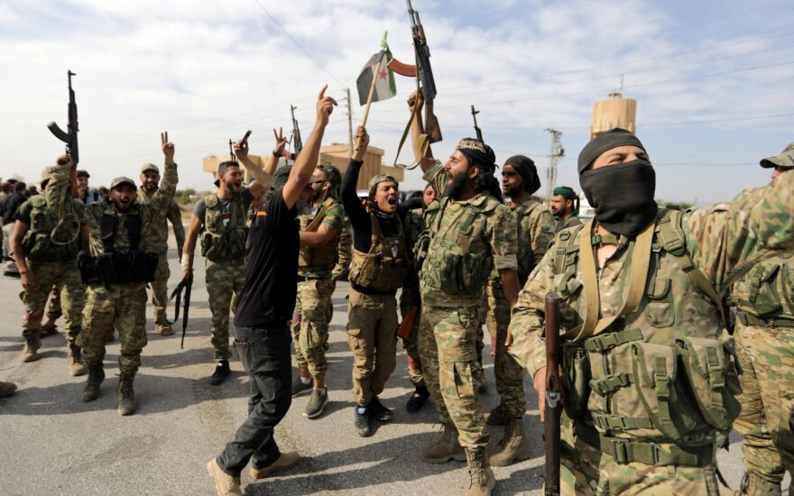 США и Турция договорились о приостановке турецкой операции в Сирии