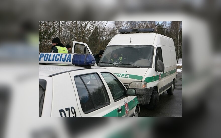 В аварию попал спецавтомобиль с задержанными