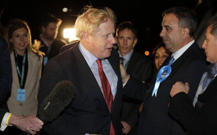 Выборы в Британии: партия Джонсона получает абсолютное большинство в парламенте