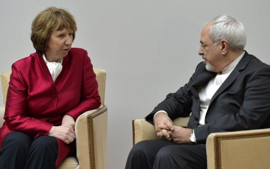 C.Ashton ir  Irano užsienio reikalų ministras Mohammadas Javadas Zarifas