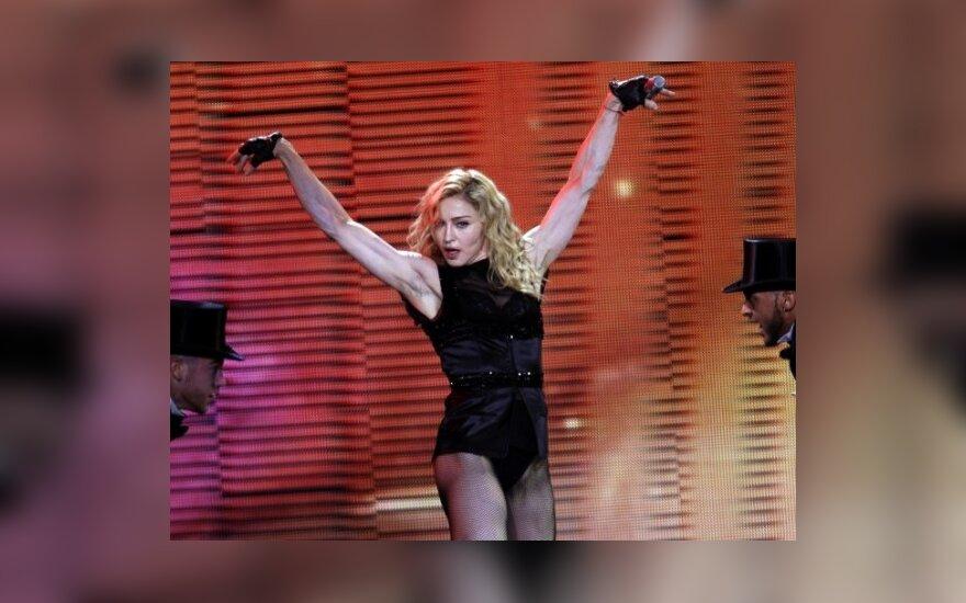Дольче и Габбана снялись в клипе Мадонны