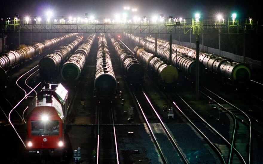 """""""Ъ"""": Россия намерена сократить поставки нефти в Беларусь"""