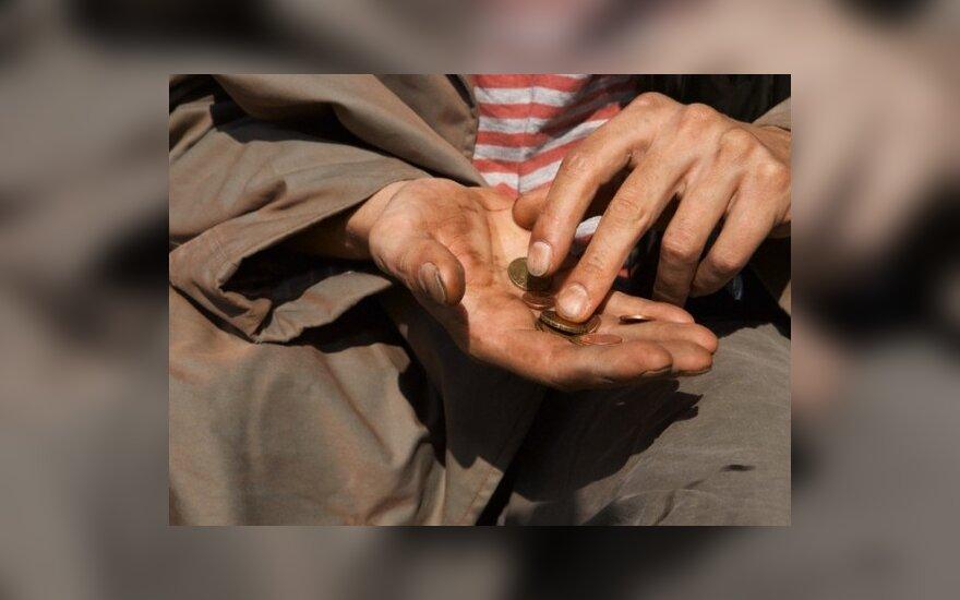 Лазутка: семья из 4 человек может получить от государства помощь в 2000 литов