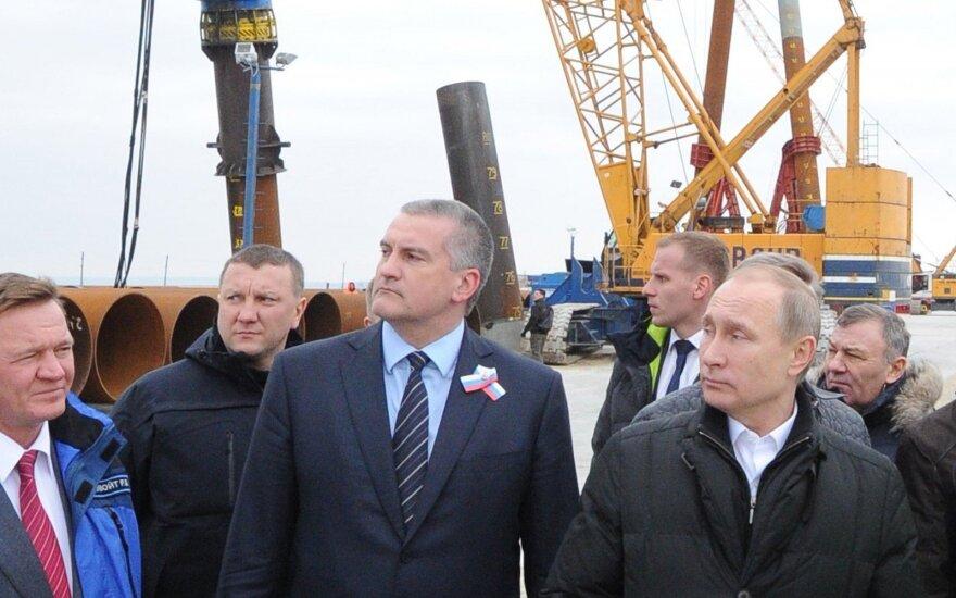 Российские СМИ: Путина хотят отправить голосовать в Крым