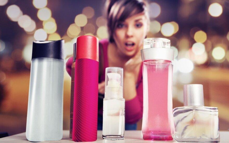 8 марта: литовки изучают особенности советской парфюмерии в Латвии