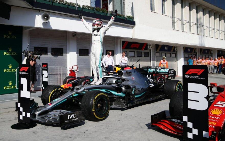 """Хэмилтон первым финишировал в Венгрии и упрочил лидерство в """"Формуле-1"""""""
