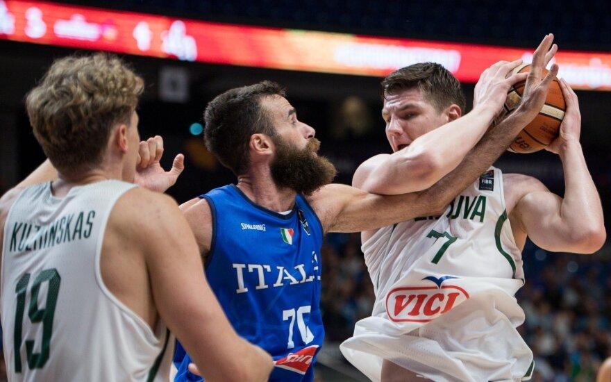 ЧЕ: Литва победила Италию