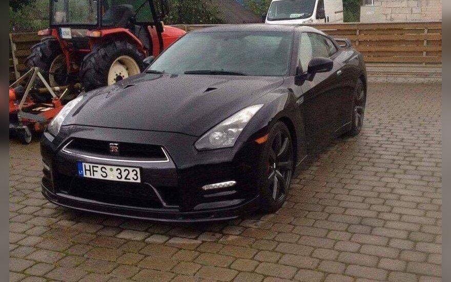 В Вильнюсе угнали эксклюзивный автомобиль
