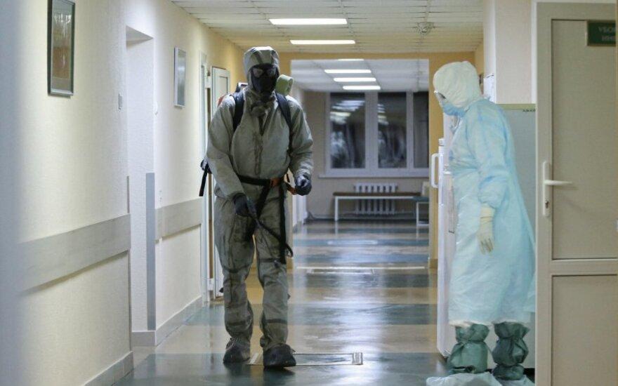 В Беларуси 24873 человека, зараженных COVID-19. Уже неделю прирост более чем по 900 случаев в сутки