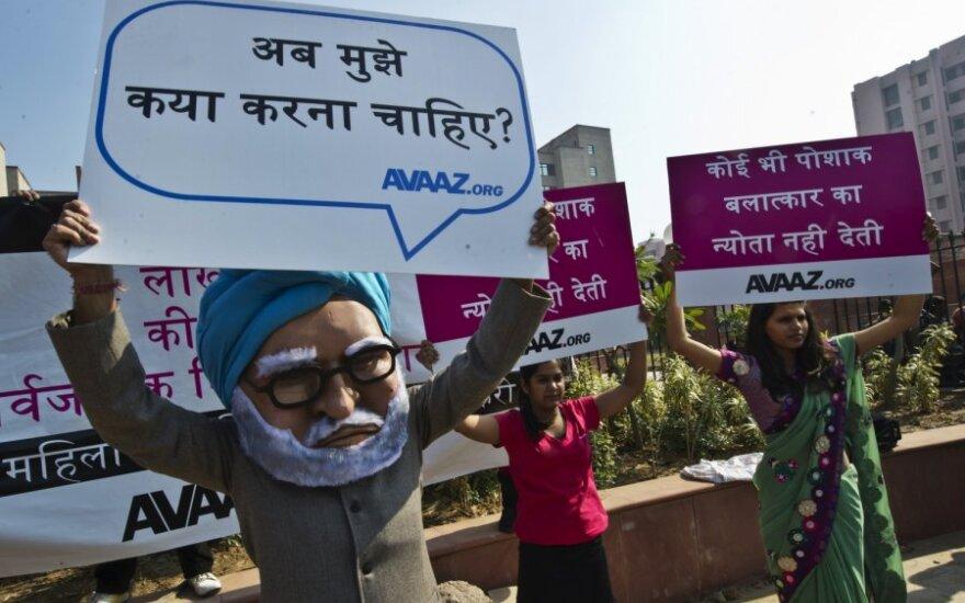 Protestai dėl Indijoje išprievartautos merginos