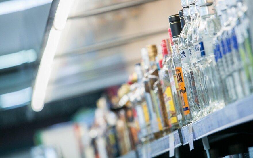 Парламентский комитет одобрил ограничения на продажу алкоголя