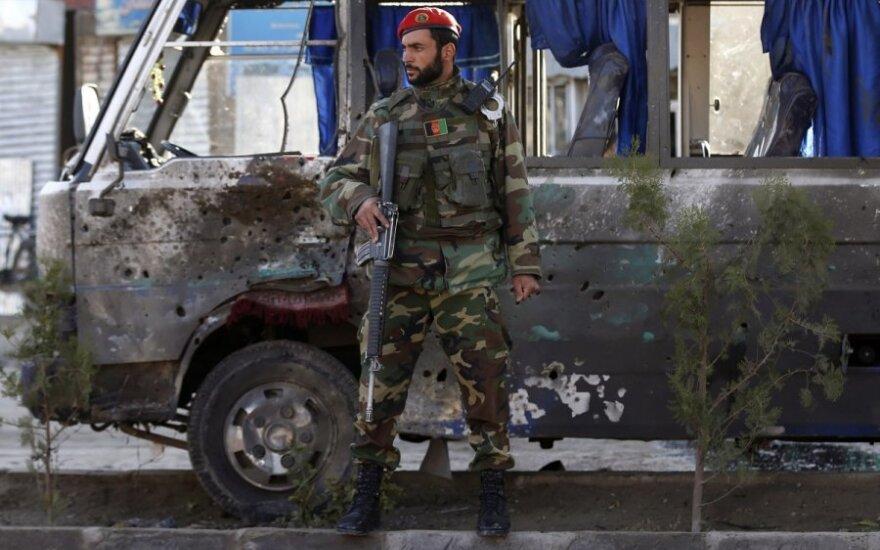 Per išpuolį Kabule žuvo mažiausiai keturi afganų kariai