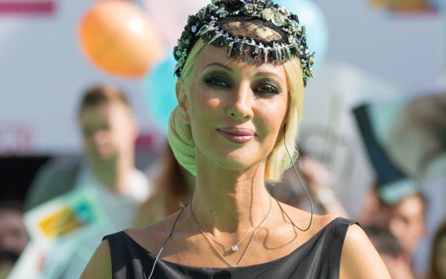 Лера Кудрявцева стала бабушкой