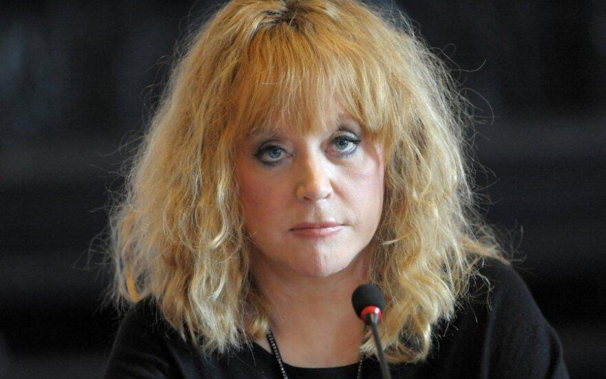 "Пугачева пригрозила певцу отмщением: ""Сама упаду на тебя!"""