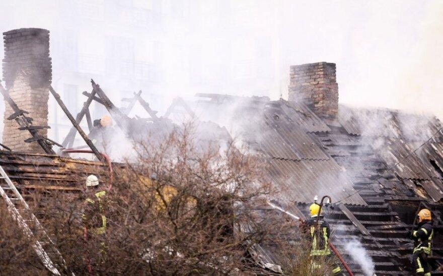 W Holandii Polak uratował troje ludzi z płonącego budynku!