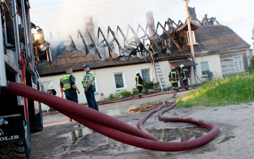 Na Krakowskiej palił się dom