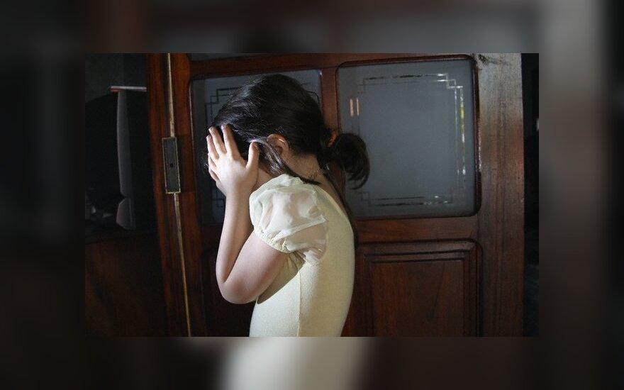 Пьяная мать избила 7-летнюю дочь, девочка в больнице