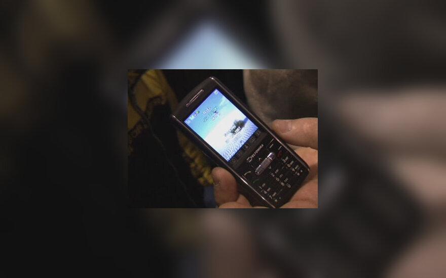 Pirmasis lietuviškas mobilusis telefonas