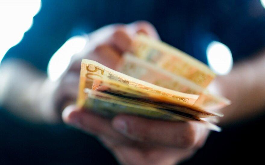 Невиданная щедрость: 97% литовских работодателей планируют повысить зарплаты