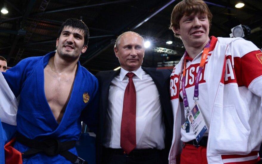 Vladimiras Putinas ir dziudo sportininkai