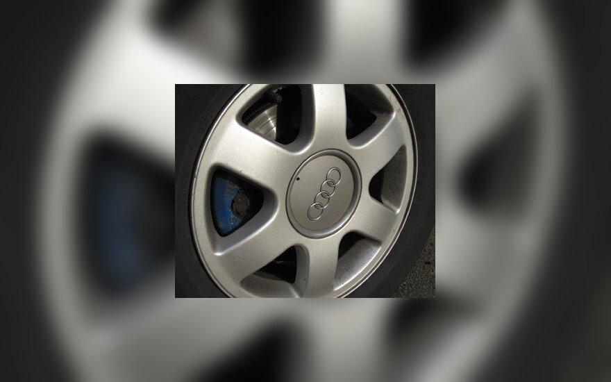 Audi ratas ir ženklas.
