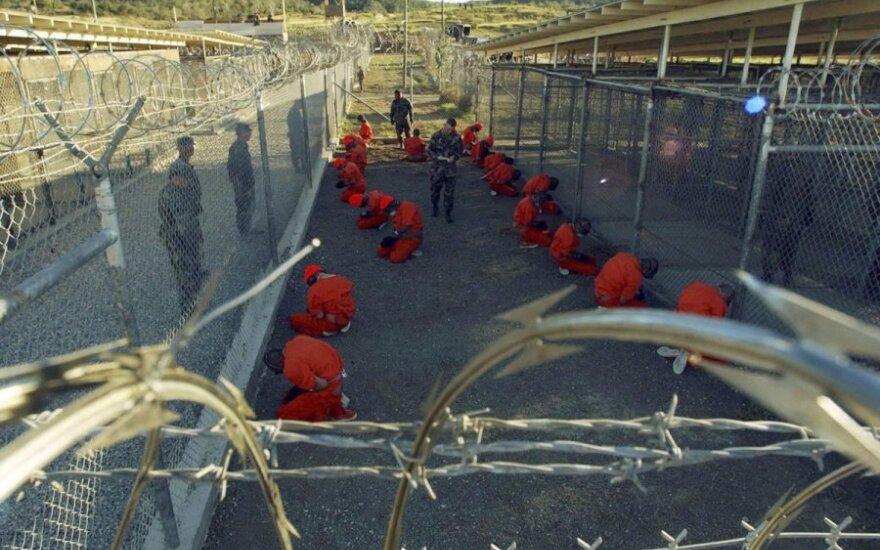 Obama wypuszcza terrorystów z Guantanamo