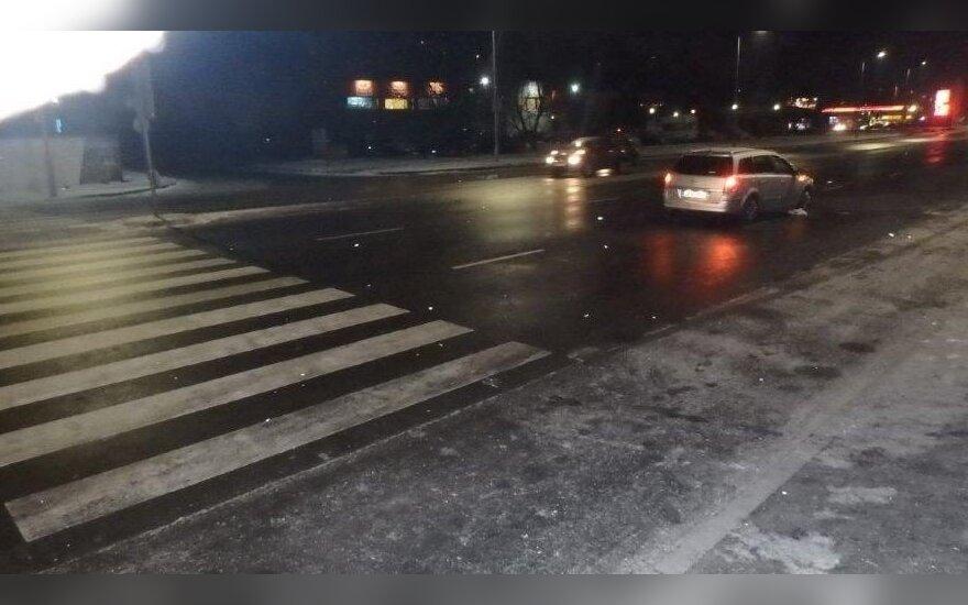В Каунасе автомобиль сбил пешехода