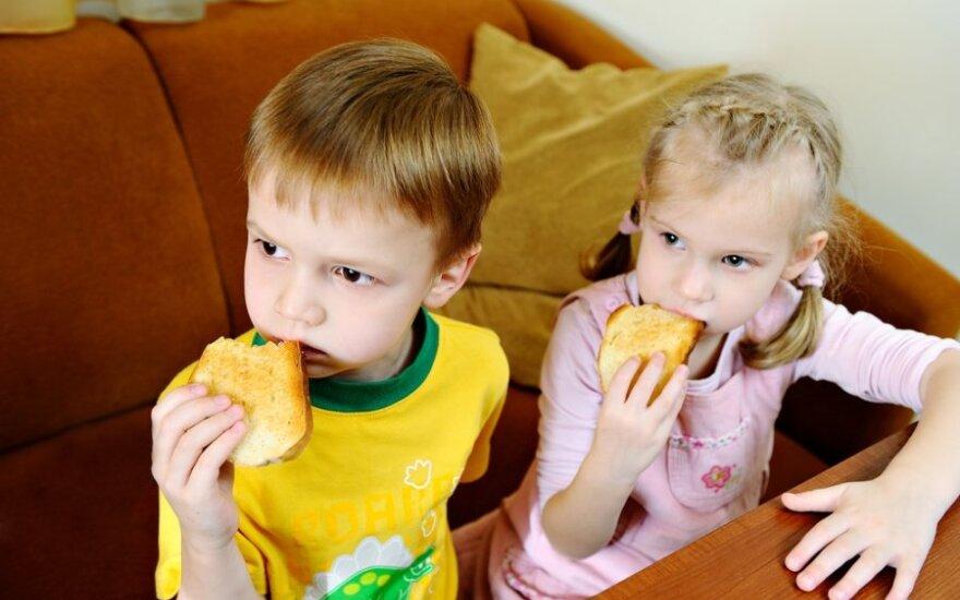 """Сенат США осудил запрет на усыновление: власти России сделали детей """" """"пешками в политической игре"""""""
