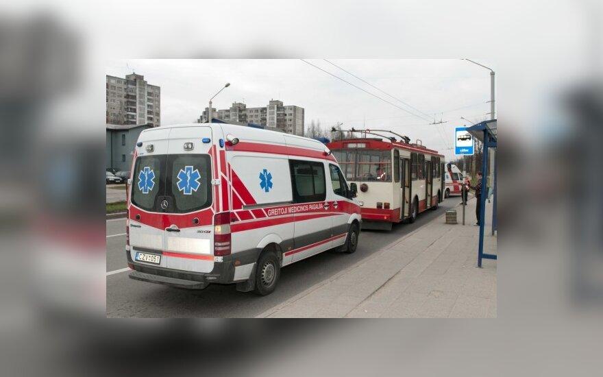 В Вильнюсе в троллейбусе умер человек