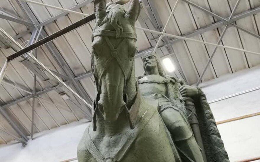 Памятник князю Гедиминасу в Лиде